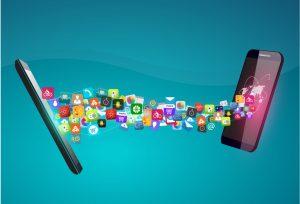 Du hast ein neues Handy bekommen und möchtest deine Kontakte, SMS, Bilder, etc… vollständig von deinem alten Gerät auf das von dir ausgesucht neue Handy/Smartphone übertragen lassen? Wir erledigen das für dich und das geräteunabhängig mit Hilfe unserer Safe and Go Box.
